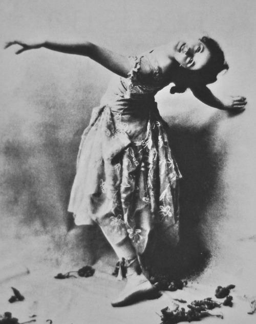 Isadora Duncan 1899