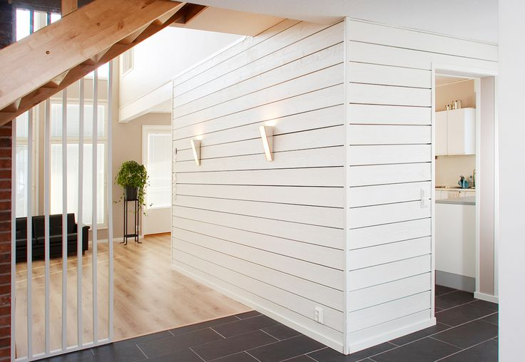 Seinä: Roso sisustuslauta, sävy: peittävä valkoinen