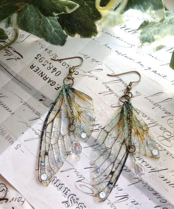 Rather pretty Faerie wing earrings por UndertheIvy2 en Etsy