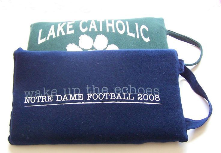 Upcycled T-Shirt Into Stadium Cushion - Learn what to do with old t-shirts and be comfy at the homecoming game.