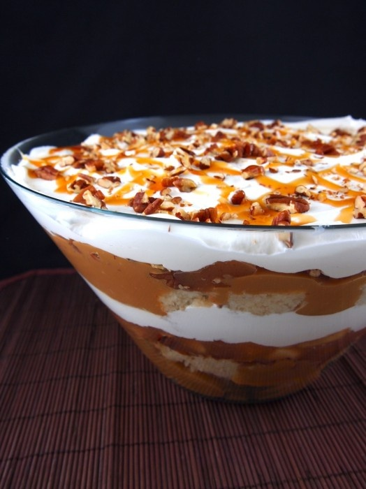 Gluten Free Caramel Apple Trifle. WOW I could eat the picture it looks so good