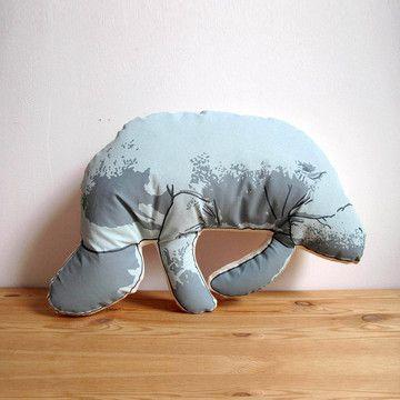finally i can sleep with a manatee