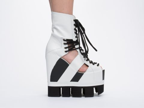 17 Best images about OMG Shoes on Pinterest | Jeffrey campbell ...
