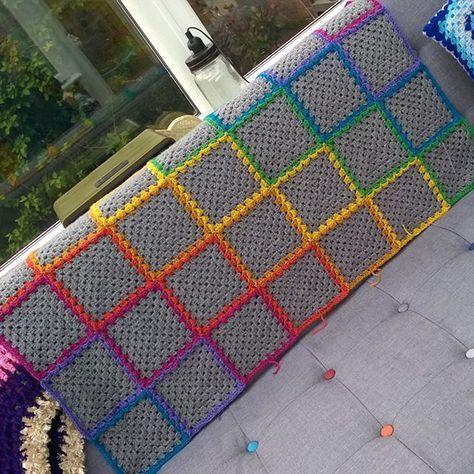 #crochet #grannysquare #stylecraftspecialdk #rainbow #woollyvixcrochet