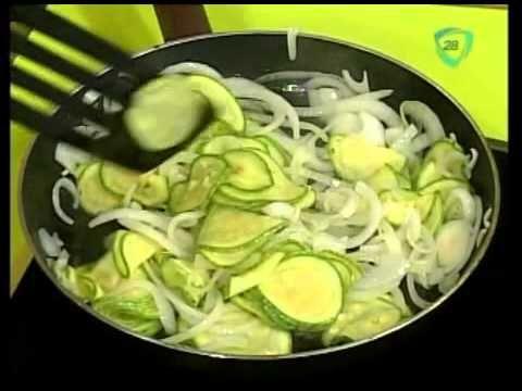Recetas vegetarianas: Quiche de Calabacin cocinando con Ariadna Tapia - YouTube