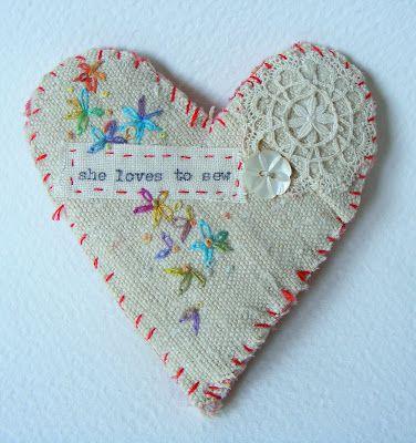 she loves to sewCrafty Stuff, Www Hensteethart Com, Needlework Beautiful, 1 Embroidery, Viv Hens Teeth, Corações, Embroidered Heart, Needlework Crewelwork, Teeth Art