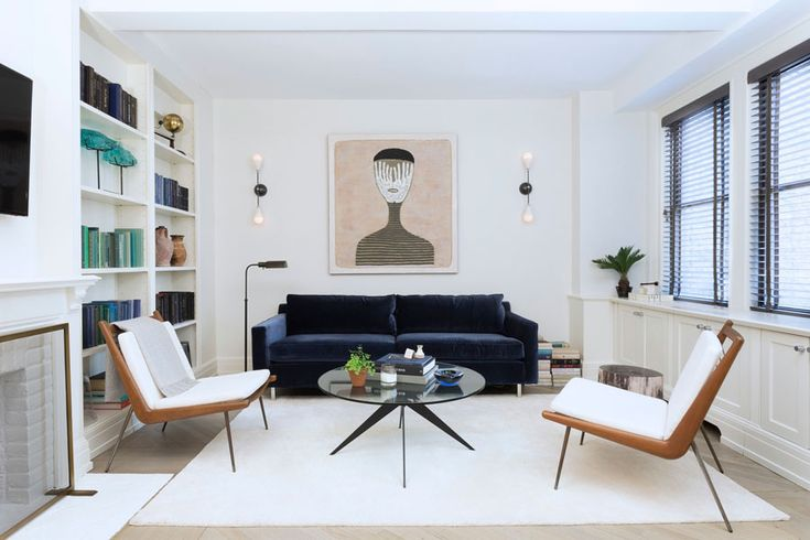 Ashley Darryl, a designer in New York has a great balance of styles that blend well together. I love mid century, anyone that visits this site…