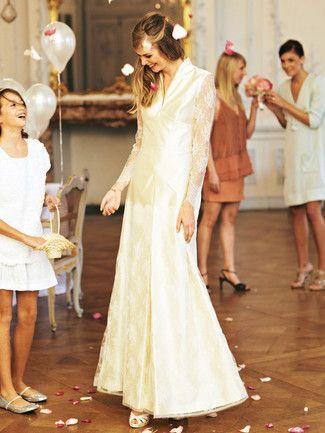 Schnittmuster: Brautkleid - Kelchkragen, Kellerfalte - Brautkleider - Kleider - Damen - burda style http://www.burdastyle.de/burda-style/damen/brautkleid-kelchkragen-kellerfalte-brautkleider_pid_1094_7124.html