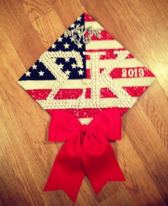 This grad cap was created by one of alum, Karina Gutierrez! She designed it for her twin's graduation a year ago and it has been sweeping Pinterest ever since! You can see her many other amazing crafts at http://www.pinterest.com/xoxkari/simply-krafts/.  Graduation | Sigma Kappa | Decorated mortar board / grad cap ✰ all-american grad ✰