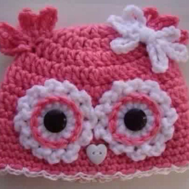 Cappello bimbo/bimba in lana fatto a mano e realizzabile per tutte le taglie ed in diversi colori!! Per maggiori informazioni lasciatemi un commento o scrivetemi un messaggio privato! #uncinetto #crochet #cappello #hat #baby #bimbo #bimba #inverno #winter #lana #wool #yarn #ideeregalo #gift #fattoamano #handmade #gufo #owl