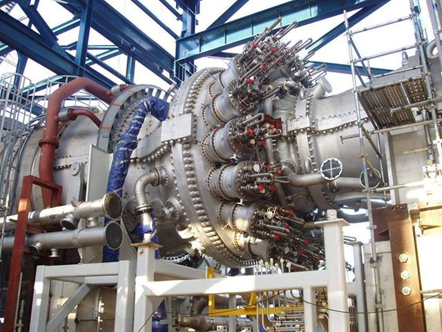 This picture is too cool not to share. Gas Turbine North Giza Power Plant Egypte