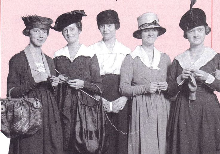 Knitting History Society : Google image result for http chinwagwithcissie typepad