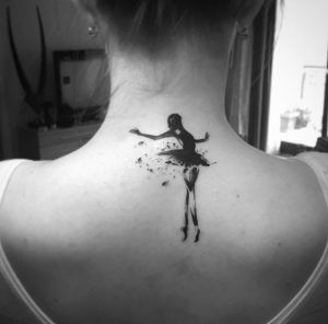 Breathtaking blackwork ballerina tattoo by Balazs Bercsenyi