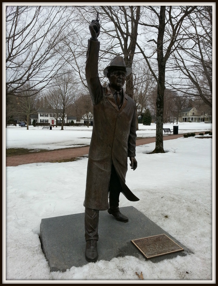 The George V. Brown sculpture near the starting line of the Boston Marathon in Hopkinton, Massachusetts...: Marathon Pictures, Brown Sculpture, Make Money Online
