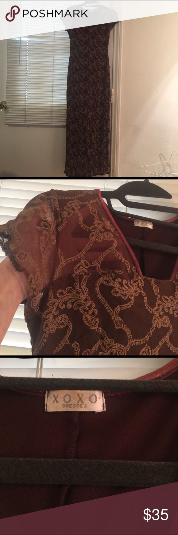 Simple, elegant, comfortable long parry dress! Dark brown, embroiled with tan and a little gold threads, very cute, súper comfy long gown that adapts to your body, cotton stretchy fabric. NEVER WORN. Price is firm. No low ball offers please! XOXO Dresses Maxi