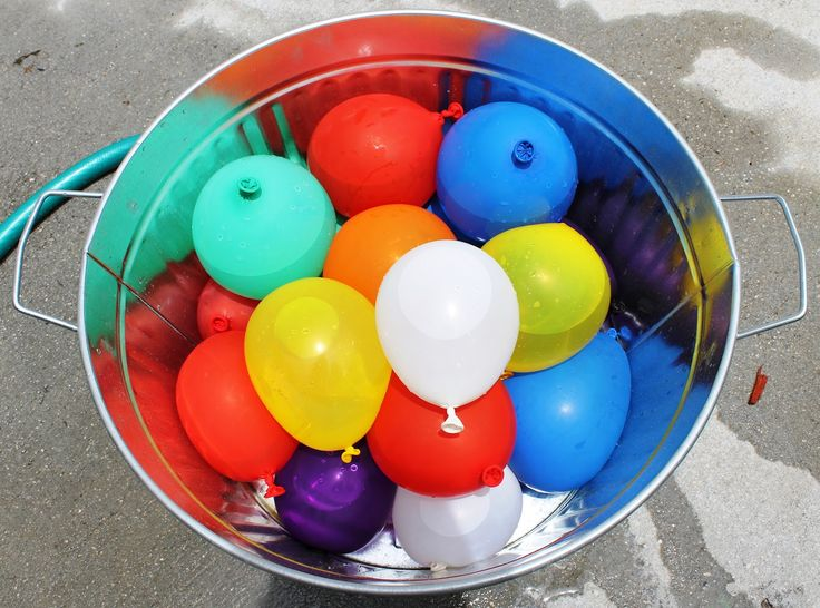 Water balloon fight summer bucket list pinterest for Fun things to do with water balloons