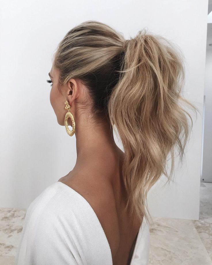 A Chic High Ponytail Guest Hair High Ponytail Hairstyles Hair Styles