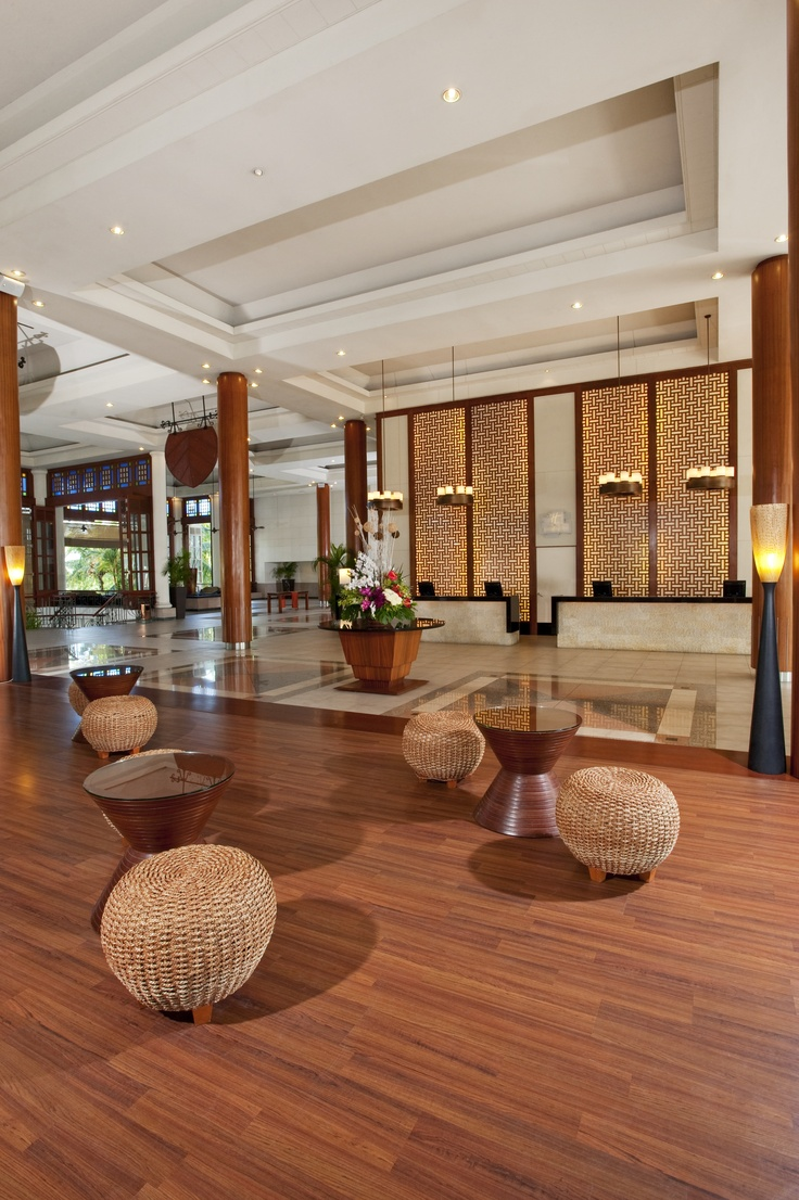Hotel Lobby At Holiday Inn Kuala Lumpur Glenmarie