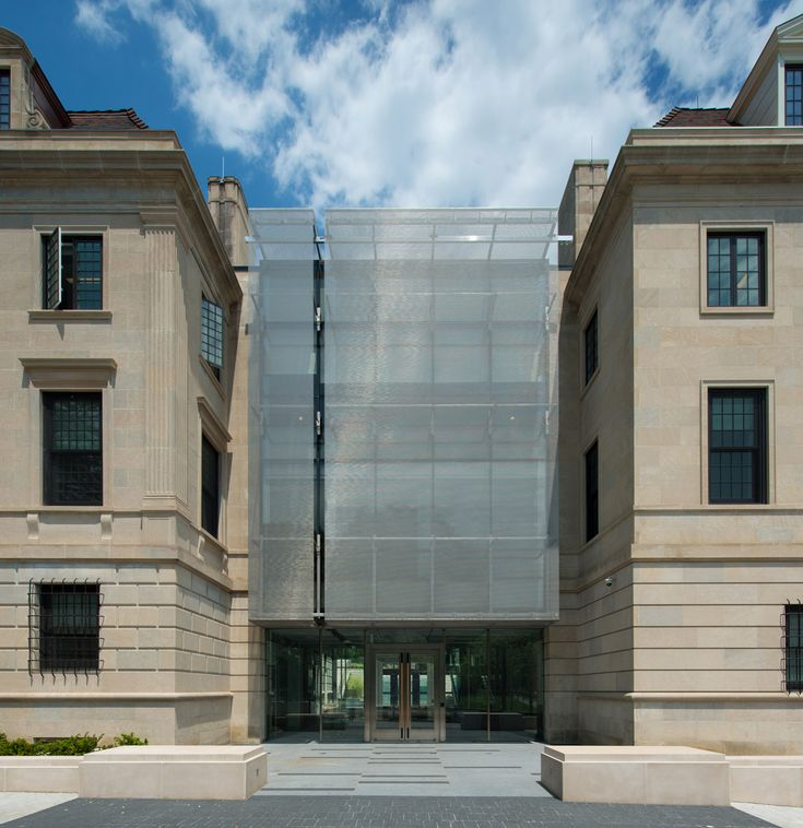 South African Embassy's Mesh Infill