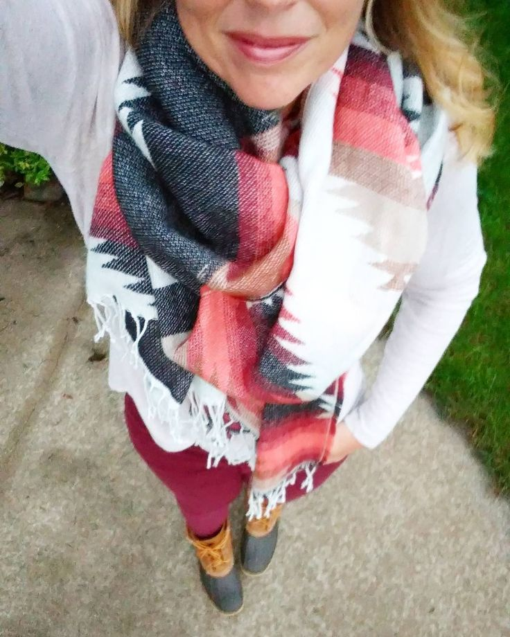 Let's hear it for #beanboots and #blanketscarf weather! Anybody have a recipe for chili or potato soup that takes less than an hour? I would love to complete the boots scarf and warm soup fall trifecta today.  . . . . . . . #teacherstyle #teachersofinstagram #teacherfashion #teacherootd #ootd #outfitinspo #fallstyle #fallfashion #fall2017 #fall #momstyle #lookbook #instafashion #fashiondiaries #over40style #everydaystyle #currentlywearing #outfitofthday #llbean #ae #blanketscarf…