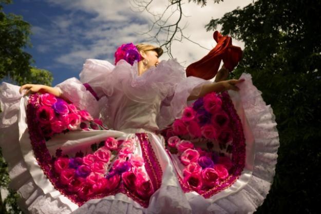 COLOMBIA Lindisimo Traje tipico del sanjuanero - bellavista