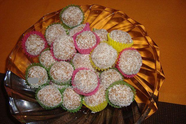 Μια εύκολη και πολύ γρήγορη συνταγή για να φτιάξουμε σπιτικά τρουφάκια με ινδοκάρυδο. Η γεύση τους είναι πραγματικά φοβερή.
