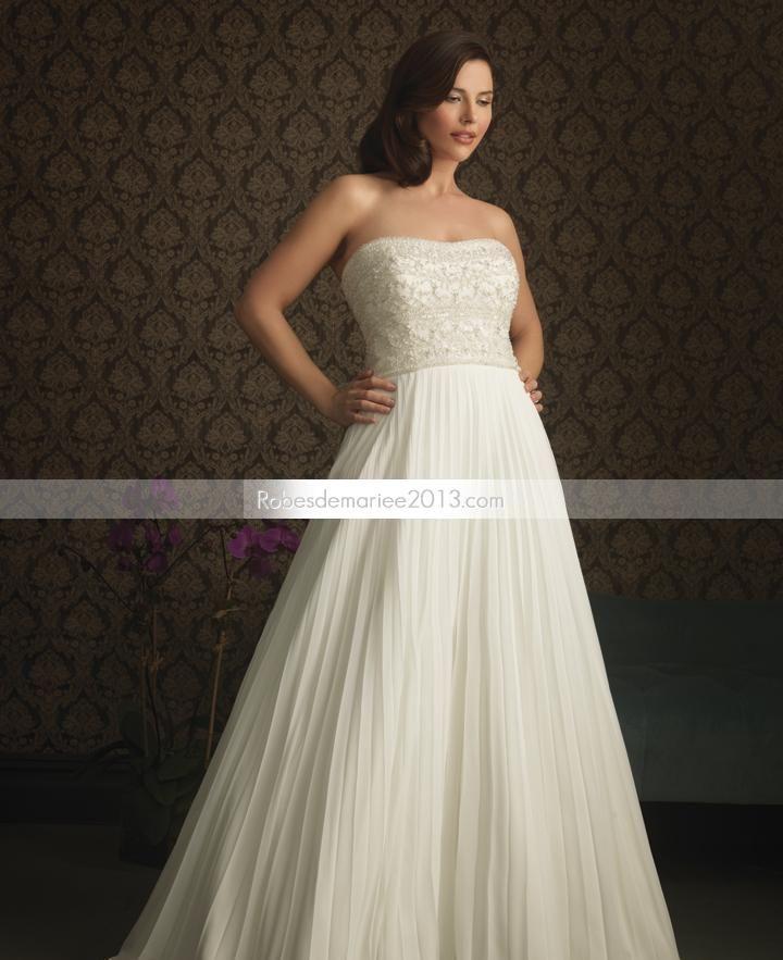 Glamorous A-line bretelles tribunal Floor-Length Ruffles & Appliques Plus Size robe de mariée