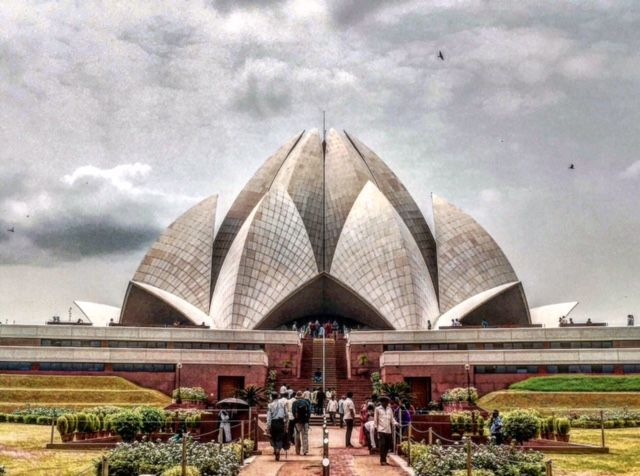 """This Sunday we look back at one of the best posts to have come in last week. This one's from Shreya about the architectural marvel that's Lotus Temple. This is what Shreya has to say about it, """"If you're in the capital of India, and are all about architecture, you're sure to be spellbound by the gorgeous Lotus Temple located in the city. As it is named, it looks like a giant Lotus and is absolutely majestic."""" Read more such recommendations on Helium."""