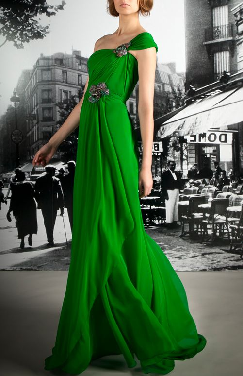 Reem Acra  Lovable women's styleFashion, Green Gowns, Reem Acra, Emeralds Green, Reemacra, Acra Resorts, Gorgeous Green, Resorts 2012, Green Dresses