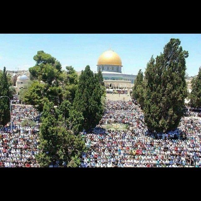 First jummah (friday) prayer of Ramadan at #Al-aqsa Jerusalem Palestine