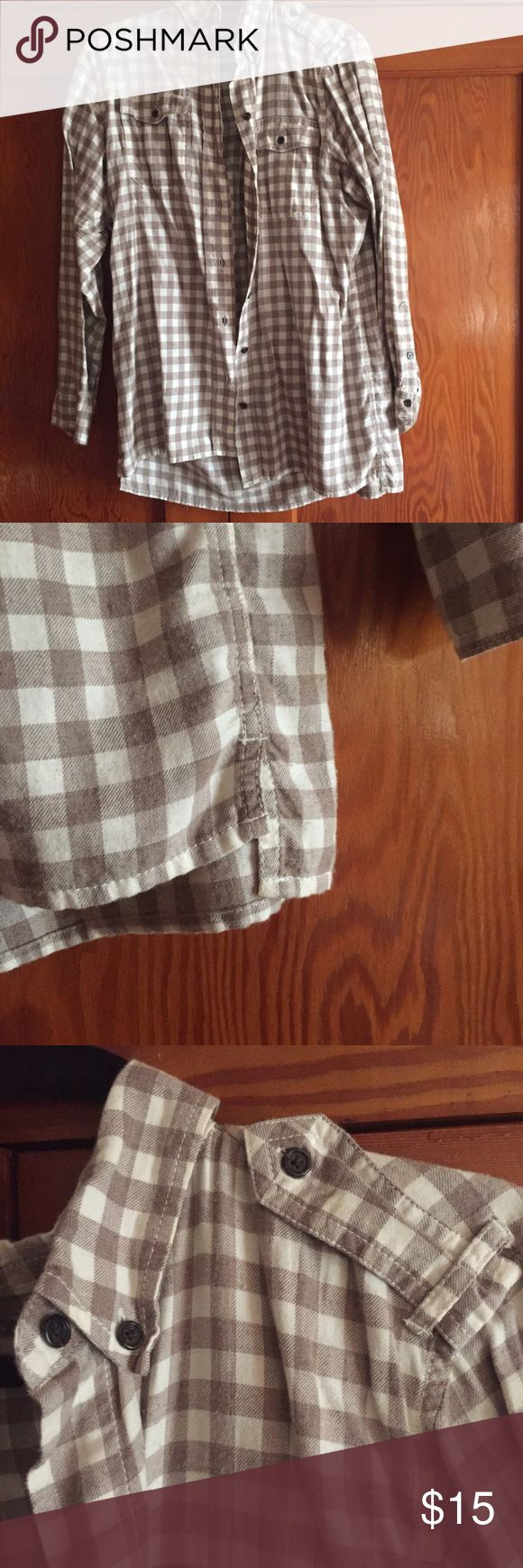 Flannel button down Cozy women's button down. Long enough for leggings! GAP Tops Button Down Shirts