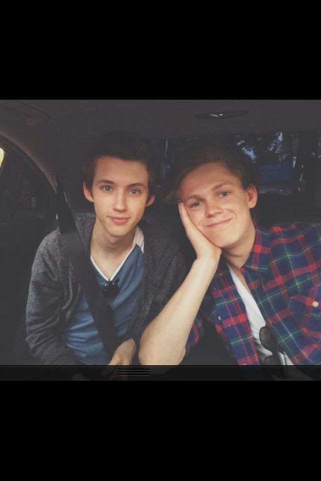 Troye Sivan and Caspar Lee