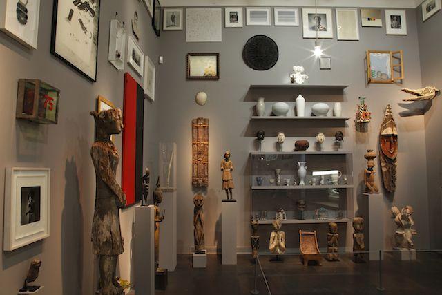 Robert Wilson, installation view of Living Rooms, Louvre Paris (2013)