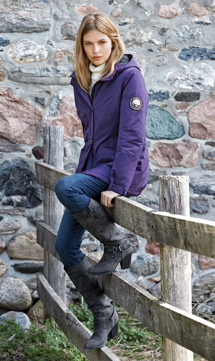 Fight the cold in this 3/4-length hooded jacket that keeps your body heat inside. #canadasbest #searscanada #parka #quality