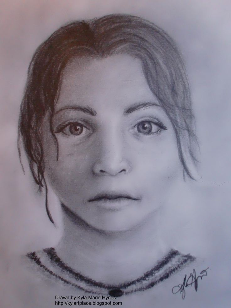 A4 graphite portrait of woman www.kylahynes.com