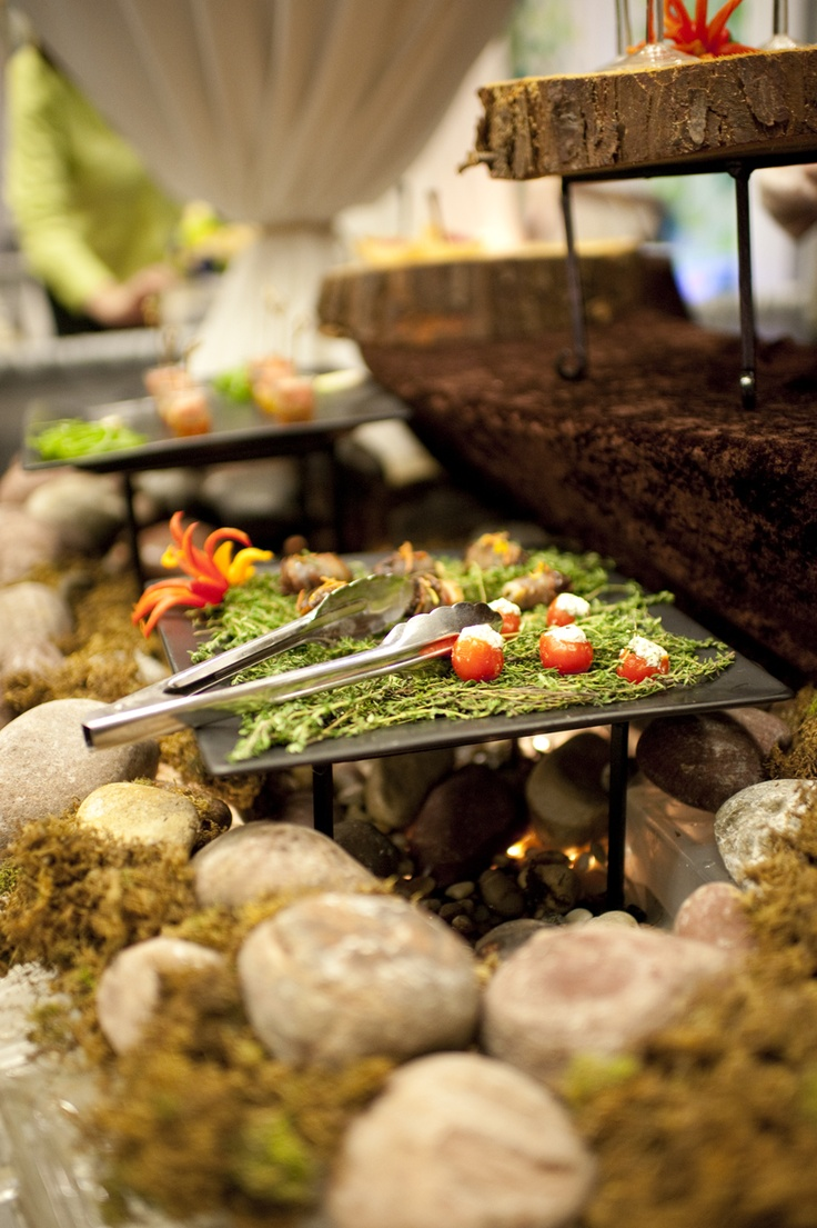 Fabulous foresty-food display by Essence of the Thymes. Delicious. Saleina Marie Photography