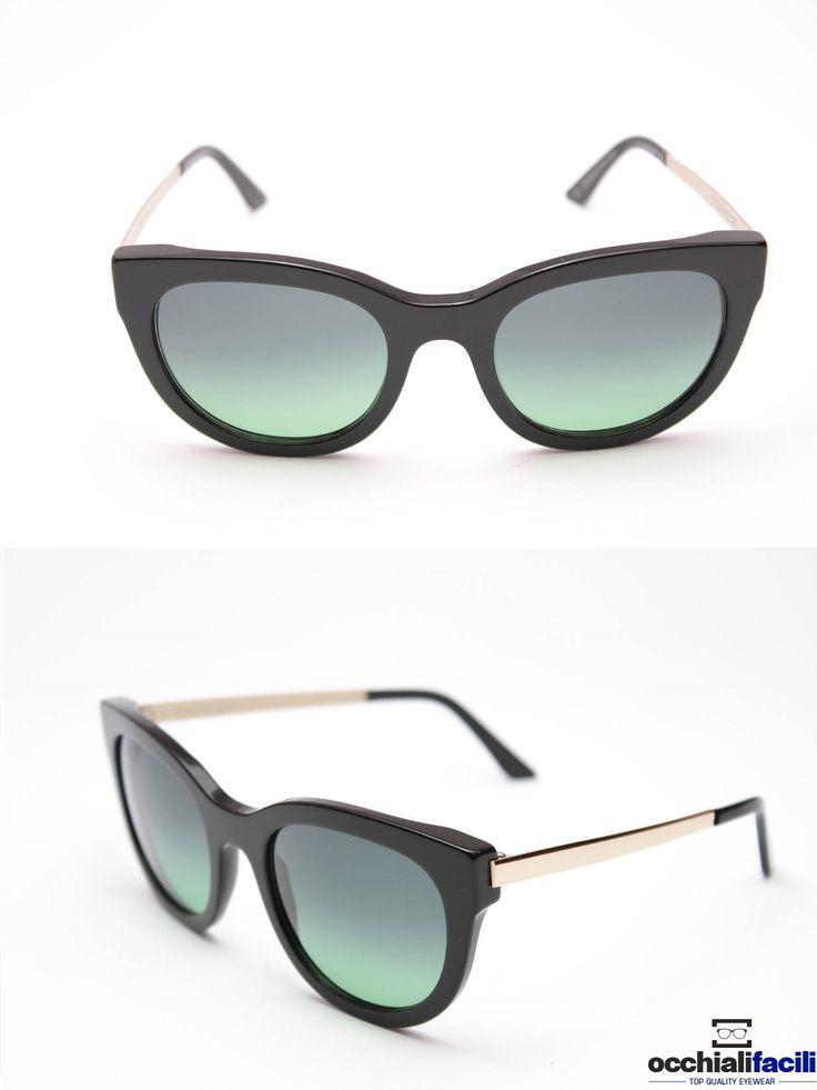 Occhiali da sole G-Sevenstars Filicudi N da donna con frontale e terminali in celluloide nero lucido, aste in metallo color oro e forma a gatto. http://www.occhialifacili.com/prodotto/occhiali-da-sole-g-sevenstars-filicudi-n/