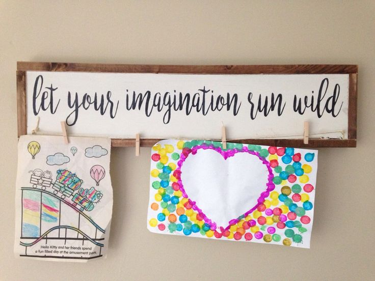Wooden Artwork Hanger - Wood Art Hanger - Child's Artwork Display - Children's Art - Wooden Sign - Child Artist - Playroom Decor by ThisHandPaintedHome on Etsy https://www.etsy.com/listing/293240481/wooden-artwork-hanger-wood-art-hanger