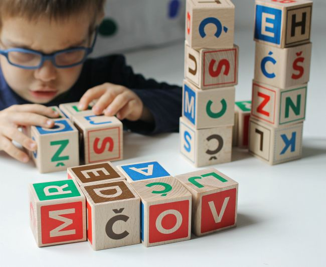 abc wooden blocks play and learn #wood #play #learning #sustainable #social #responsibility #retro #design #croatian #german #english #alphabet #blocks