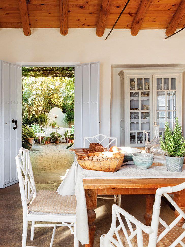 Uma Casa Rústica !!!!!!! PradaParfümSpanischEsszimmer