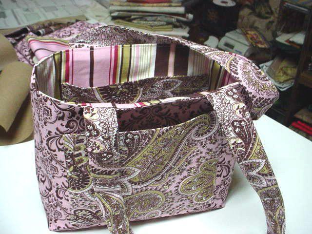 Free Purse Patterns To Sewing   ... Free Tote Bag Pattern, Fabric Pocketbooks, Free Sewing Patterns