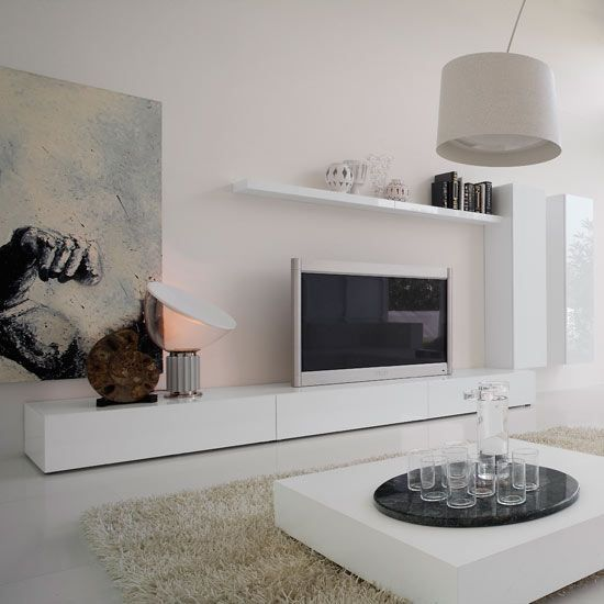 So integrieren Sie einen Fernseher in Ihr Wohnzimmer \u2013 housetohome - wohnzimmer grau magenta