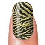 Stickers pour ongles tigrés et dorés pour un effet sauvage garanti ! http://shopping.cherchons.com/dossier/stickers-pour-ongles.html