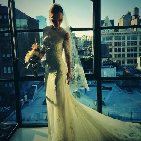 Christina Ricci in custom Givenchy Haute Couture (aka a white wedding gown I would actually wear)