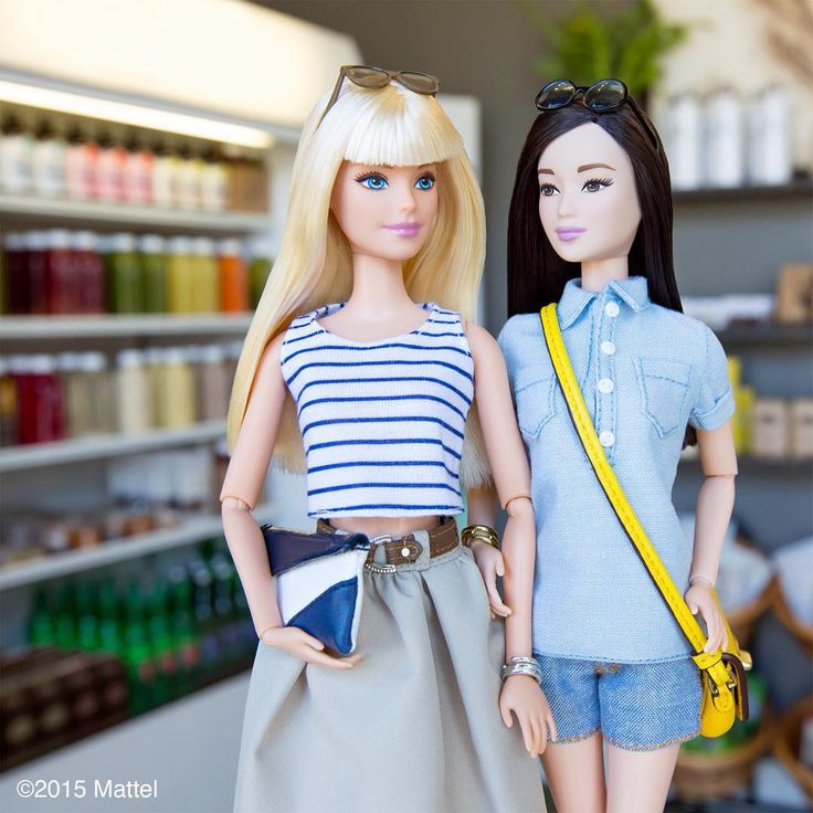 """""""Fueling up at @CloverJuices before a month of fashion travel ahead!  #cloverallover #barbie #barbiestyle"""""""