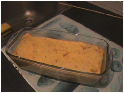 Realmente, casi siempre nos sobra pan en casa, uniendo eso a que tenía abierta en la nevera una lata de piña, se juntaron los ingredien...