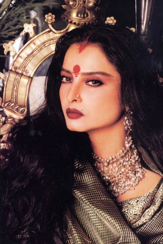 Gorgeous Bollywood actress Rekha