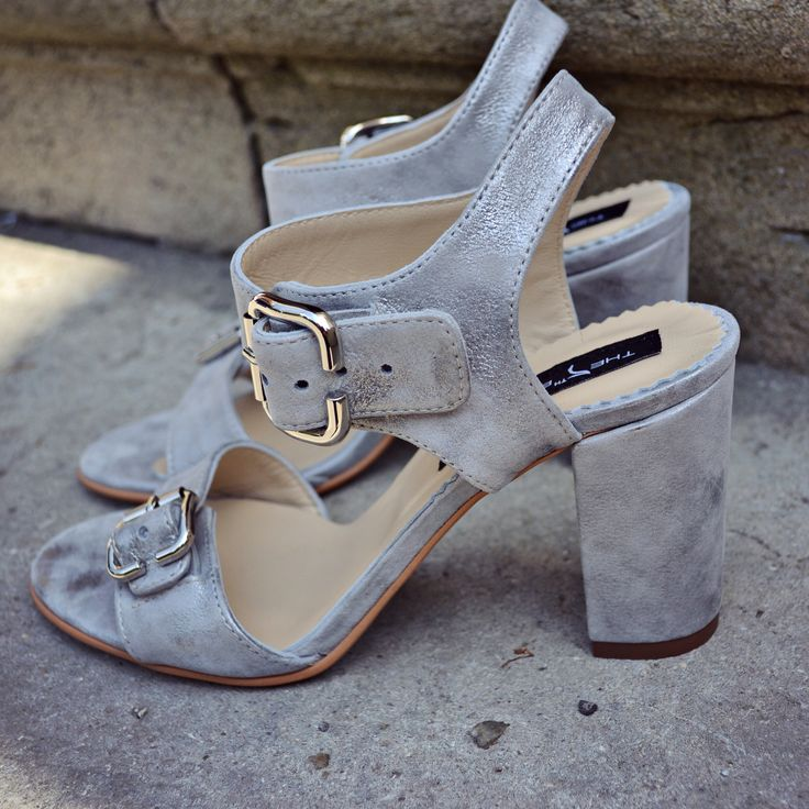 #rosettishowroom #the5thelementstore #sandals #springsummer