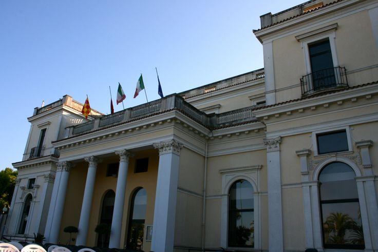 Palazzo Kursaal a Giulianova Lido