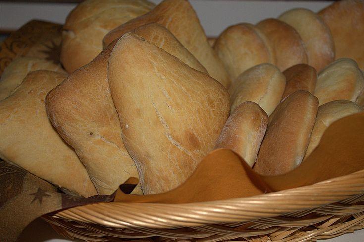 Böhmische Dalken nach Mamas Rezept, ein raffiniertes Rezept aus der Kategorie Brot und Brötchen. Bewertungen: 3. Durchschnitt: Ø 3,6.